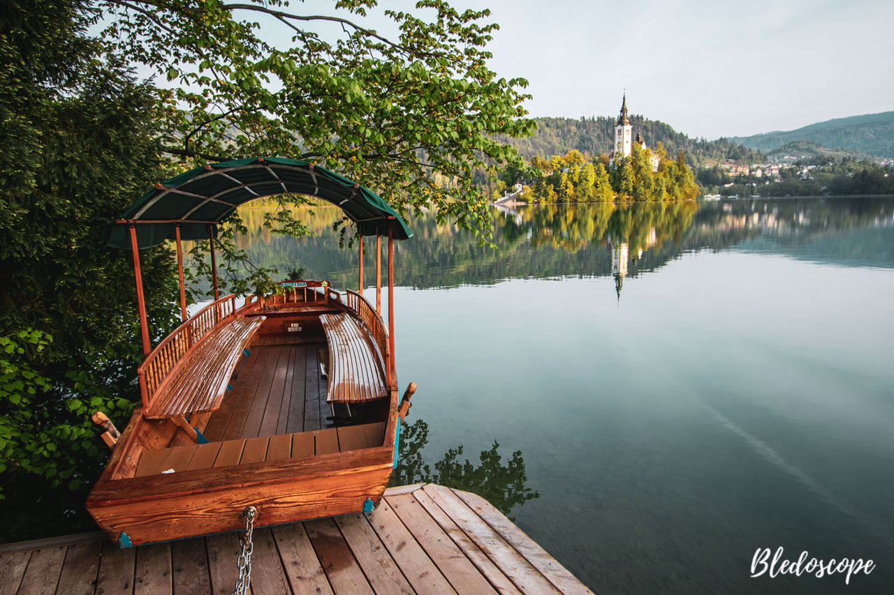 Pletna boat and Bled Island